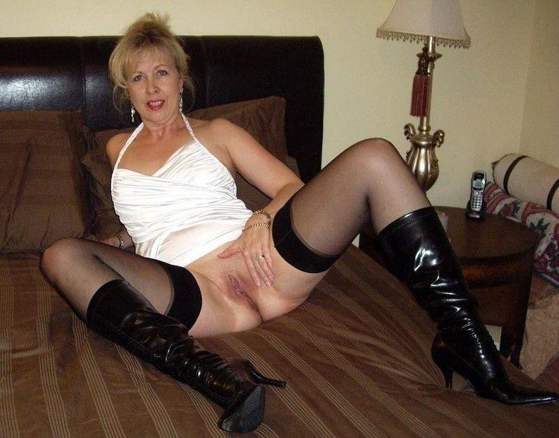 grenoble salope belle femme mature nue